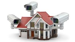 پنج دلیل که اثبات می کند شما نیازمند یک سیستم نظارت تصویری خانگی هستید.